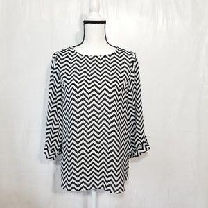 Lulu's black white chevron print blouse (16-053)